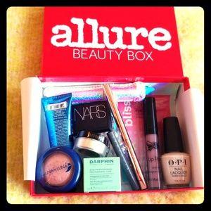 45bc1aa1a72 ... 11 piece beauty box bundle ...